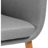 Stylowy Fotel tapicerowany skandynawski Nora jasno szary Actona do salonu