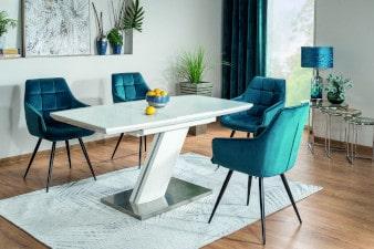 Krzesła fotelowe w salonie