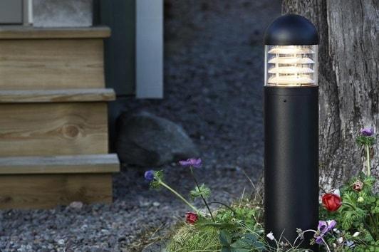 Czarny słupek ogrodowy Graden 24 LED Markslojd na podjazd