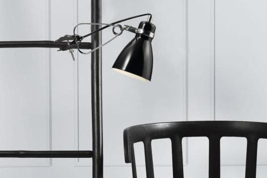 Czarna lampka klips Cyclone LED do czytania
