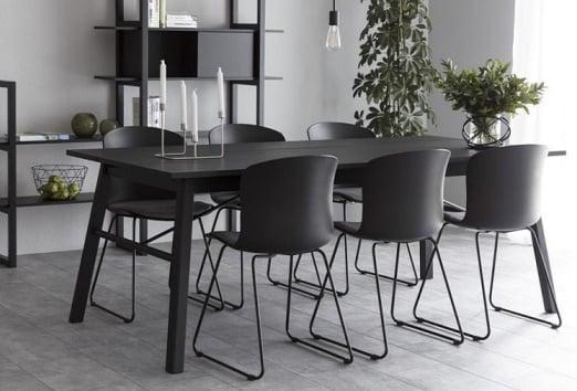 Designerski czarny stół fornirowany Carver 200 Actona
